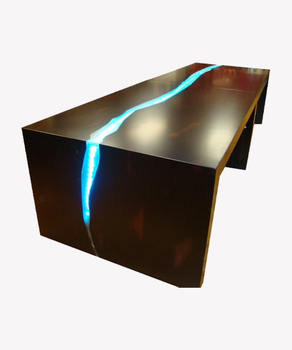 Light Streak Table