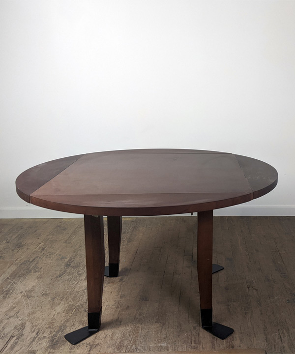 Platypus Foot Game Table